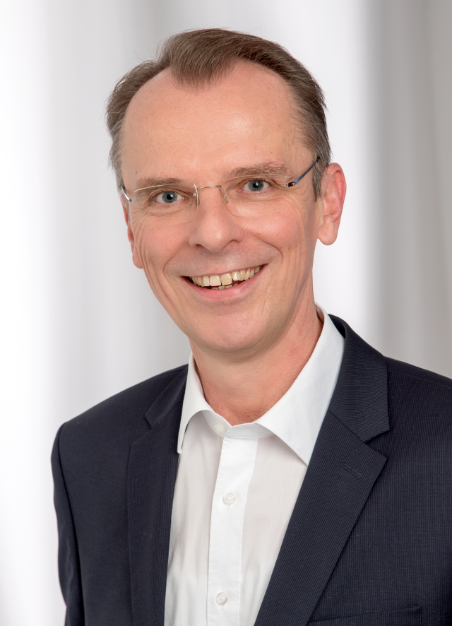 Prof. Dr. Alexander Bruns